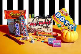 halloween m m candy 100 calories of halloween candy reader u0027s digest
