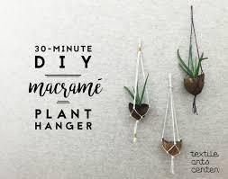Simple Macrame Plant Hanger - diy macram礬 plant hanger