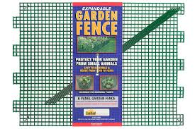 amazon com crafted products 300 garden fence kit patio lawn
