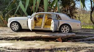 rolls royce phantom extended wheelbase interior rolls royce phantom extended wheelbase 1 18 kyosho youtube