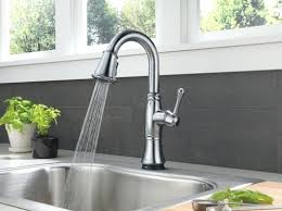 delta kitchen faucet reviews delta faucet cassidy delta single handle pull out kitchen faucet