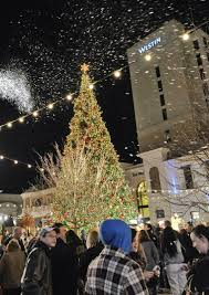christmas tree lighting bridge street huntsville al bridge street town centre in huntsville opening at 6 a m on black