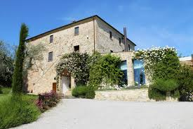 wedding in tuscany u2013 country hotel in val d orcia