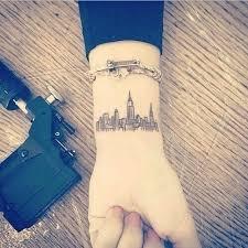 best 25 city tattoo ideas on pinterest skyline tattoo new york