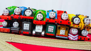 race 4 thomas friends trackmaster train collection fastest