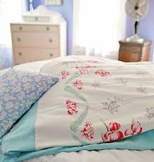 Vintage Duvet Cover Diy Upcycled Vintage Tablecloth Duvet Cover My So Called Crafty Life