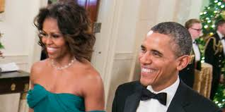 does michelle obama wear hair pieces michelle obama wows in green gown at kennedy center honors photos