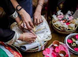 indian wedding gift new trends in indian wedding gifts and favours memorableshaadi