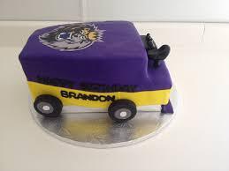 winnipeg jets zamboni cake my cake creations pinterest cake