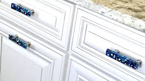 what color knobs on cabinets color contrast in choosing glass knob and pull decorative