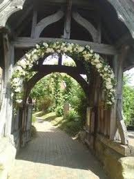 wedding arch kent wish i had this smack dab in the middle of my driveway got to