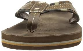 dockers trustee dockers men u0027s 2167 flip flop shoes sandals