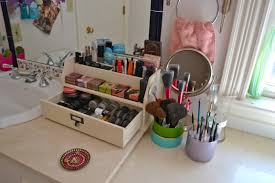 Bathroom Makeup Storage Ideas by Makeup Storage Ideas For More Organized And Good Looking Storage