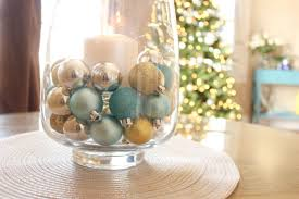 hearthavenholidays festive centerpiece with silver gold and