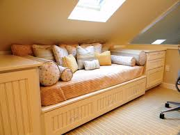 bedroom interesting queen daybed for your bedroom design ideas