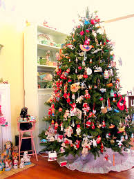 dime store chic our wacky tree