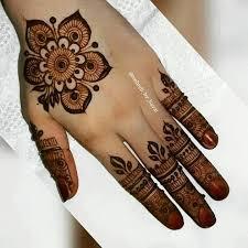 easy and unique floral mehndi design