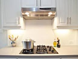 White Glass Backsplash by Amazingly Modern White Glass Kitchen Backsplash My Home Design
