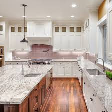 how to match granite to cabinets stop obsessing here s how to make sure your counters and