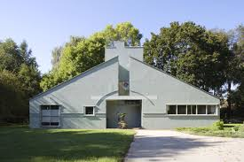 10 things i learned on a pilgrimage to the iconic vanna venturi