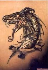 attacking snake tattoo tattoo viewer com