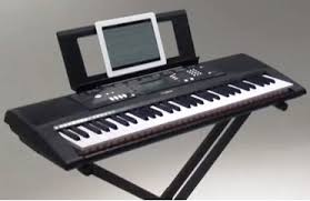 piano with light up keys yamaha ez 220 here s why its yamaha s best 61 key lighted keyboard