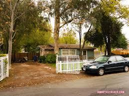 officer rhodes u0027 house from u201cbridesmaids u201d iamnotastalker