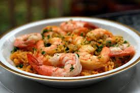 cuisiner des crevettes riz aux crevettes recettes de laylita