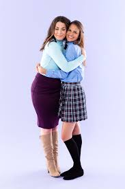 dress up as mother daughter best friends rory lorelai from