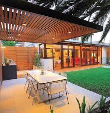 modern pergola 15 modern and contemporary courtyard gardens in the city modern