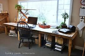 bureau palette bois table en palette 44 idées à découvrir photos palette bureau