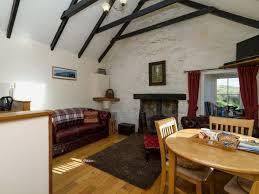 moo cottage isle of skye west coast sleeps 2