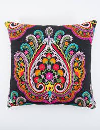 Pier One Pillows And Cushions Chandana Kudde Svart Pillow Pillow Kuddar Inredning