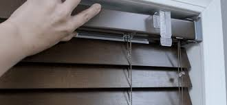 How To Put Blinds Down How To Install Wood Blinds And Faux Wood Blinds Outside Mount