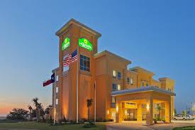 Family Garden Inn Suites Laredo Tx Pearsall Tx Hotel La Quinta Inn U0026 Suites Pearsall Texas Hotel