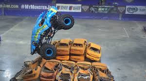 monster truck jam com 2015 monster truck jam gravedigger highlights bangor maine youtube