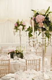 Wedding Centerpieces For Round Tables by Best 25 Candelabra Centerpiece Ideas On Pinterest Candelabra