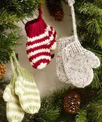 mitten ornaments crochet pattern and mitten ornaments knitting