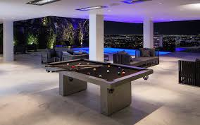 Tables And Chairs For Sale In Los Angeles Ca 9066 St Ives Dr A Luxury Home For Sale In Los Angeles California