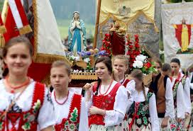 celebrating the feast of corpus christi around the world the
