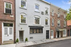 4 4m carriage house off cobble hill park was a stop on the