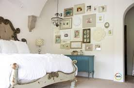 wall decorating ideas for bedrooms 30 awe inspiring bedroom design ideas with gallery wall rilane