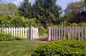 Lowes Trellis Panel Bq Garden Fencing Backyard Fence Ideas