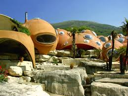 Homes Around The World by Top 10 Weirdest Homes Around The World Glamgrid