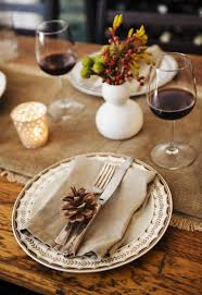10 thanksgiving hosting tips designers actually use in their homes