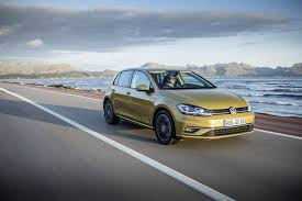 Golf R 400 Specs Volkswagen Golf 7 U0027s Facelift Expected To Be Launched This Spring