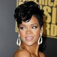 rihanna hoop earrings rihanna opts for gold hoop earrings my hair curly