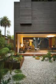 photo 1 of 10 in a modern bungalow in venice beach dwell