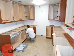 screws to hang cabinets hanging kitchen wall cabinets ing r hang kitchen wall cabinets