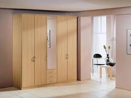 Bedroom Wardrobe by Wardrobe With Mirror Amazoncom Hoahif441m Hodedah Import 4 Door